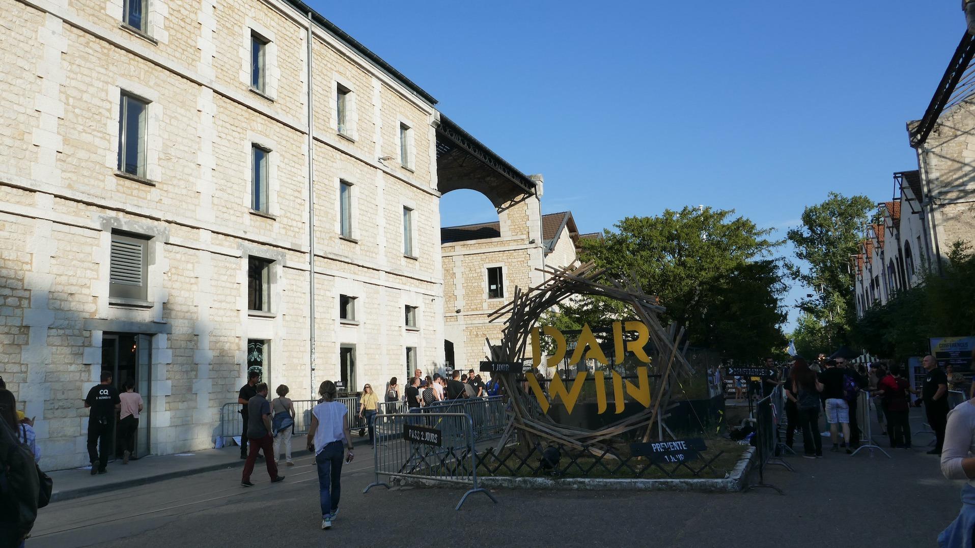 Bordeaux : le Hangar Darwin fête ses 10 ans