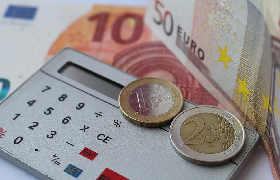 Le paquet de cigarettes augmente d'un euro ce jeudi [sondage]
