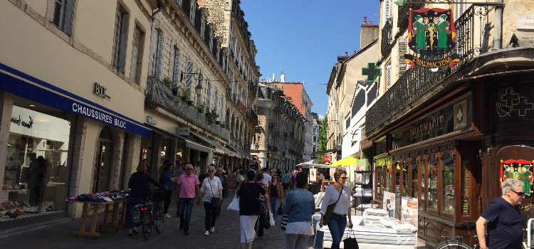 Des Commercants Et Des Proprietaires Dijonnais Recompenses