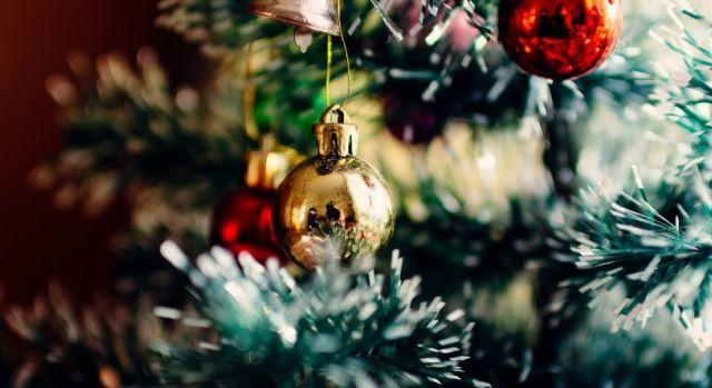 Cette décoration de Noël d\u0027un centre commercial met très mal à l\u0027aise  (photos) , Latina , La Radio Caliente