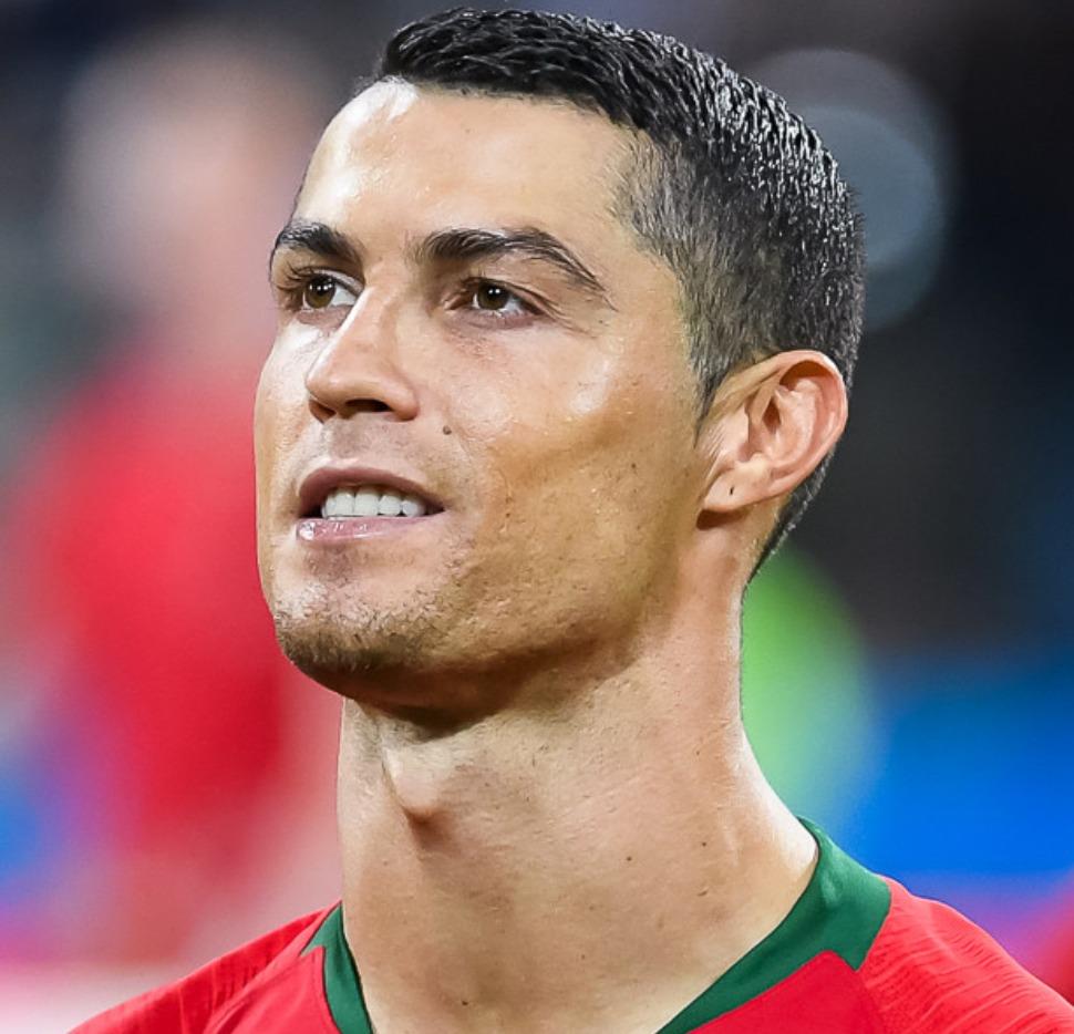 Cristiano Ronaldo arbore la même coiffure que Cuadrado