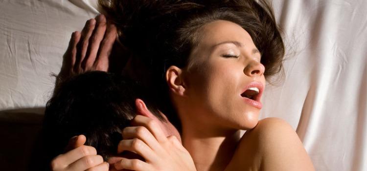 porno-kak-konchayut-devushki-orgazmi-podborka-vspriski-zrelaya-s-bolshimi-igrushkami-porno